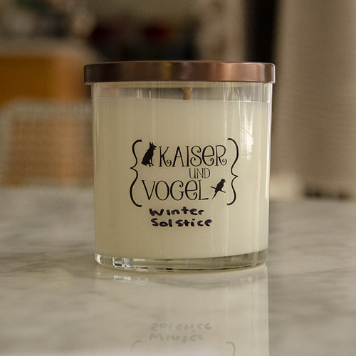 K and V Candle -  ()