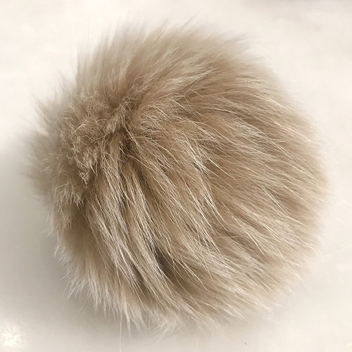 String Fur Pom Pom - Blush (BLUSH)