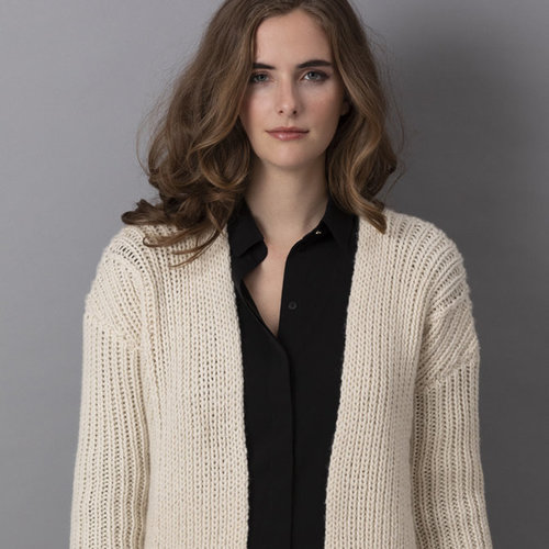 "String Giselle Cardigan Kit - 38.5"" (01)"